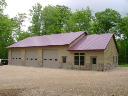 Machine Shed With Living Quarters